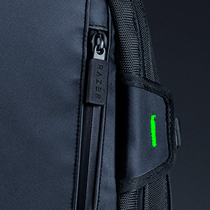 razer-rogue-15-backpack-v3-chromatic-zipper-pulls.jpg