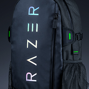 razer-rogue-backpack-13-chromatic-panel-chromatic-wordmark.jpg