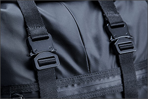 rzrrecon-rolltopbackpack-panel4-3.jpg